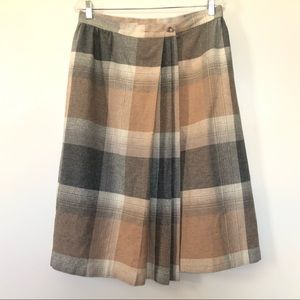 Dresses & Skirts - Vintage Womens Size 12 Skirt Wool Plaid Wrap